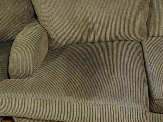 Czyszczenie fotela, kanapy, sofy